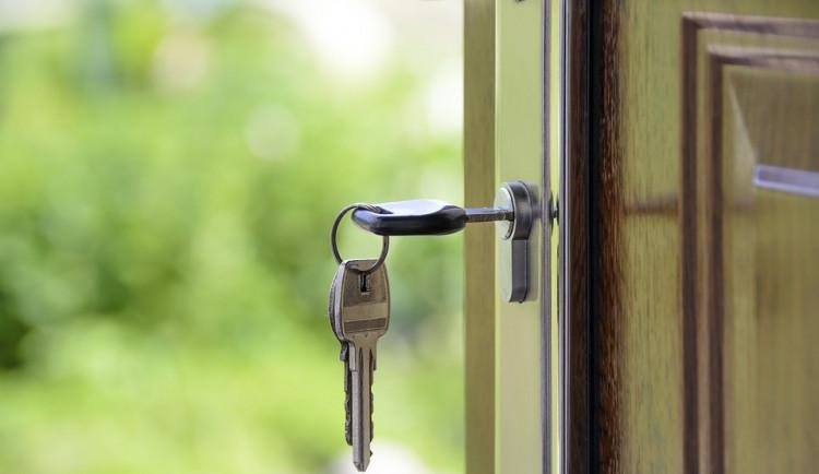DRBNA RADILKA: Pronajímatel nesmí nájemci bránit v nahlášení trvalého pobytu