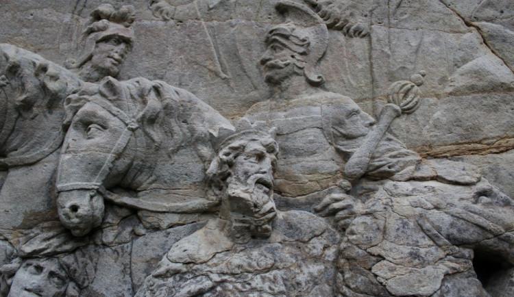 Vzácné barokní Braunovy sochy se z Kladrub přestěhují na Valeč