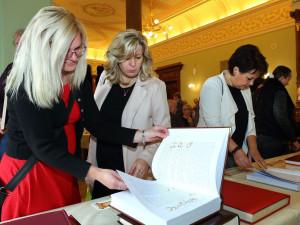 Plzeňský kraj ocenil nejlepší kroniky, autoři se shánějí obtížně