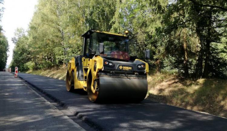 V Nepomuku opravili silnici směrem na Klášter a zámek Zelená Hora