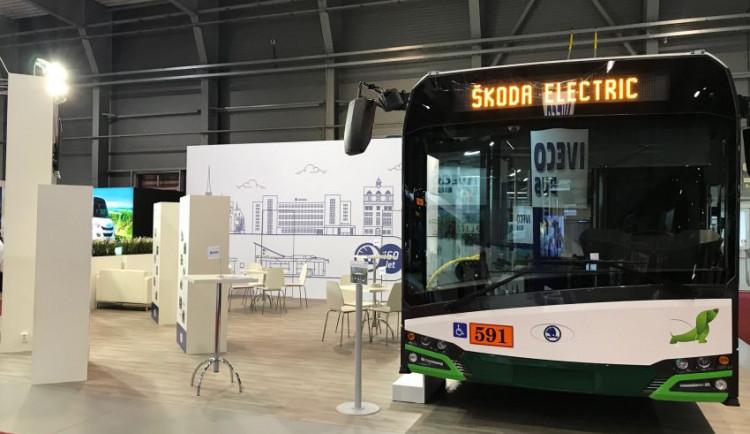 Nové trolejbusy ze Škody Electric svezly v Kluži první cestující