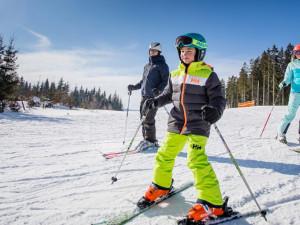 V Plzeňském kraji lze lyžovat v Železné Rudě, hlavně na Špičáku