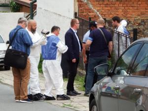 Za vraždu mladé dívky uložil soud v Plzni mladíkovi 18 let vězení