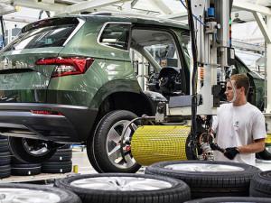 Mnozí dodavatelé automobilkám z Plzeňského kraje utlumili výrobu