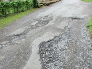 Obce dostanou méně peněz na své obyvatele, nebudou mít na opravu silnic a jiné investice