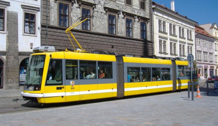 Dopravní podnik upozorňuje cestující, aby si ohlídali platnost jejich Plzeňské karty