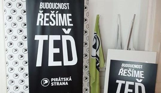 Piráti v Plzeňském kraji zahájili kampaň pro krajské volby s heslem Šance změnit budoucnost