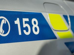 Policie pátrá po svědcích nehody dvou motorkářů, kteří havarovali na dálnici D5