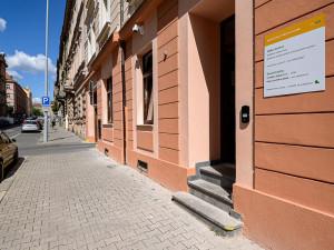 Nová pravidla zavedla Plzeň pro nakládání s městskými byty a otevřela kontaktní místo pro bydlení