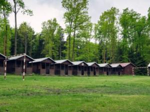 Pozitivní test na covid-19 u jedné osoby předčasně ukončil letní dětský tábor na Plzeňsku