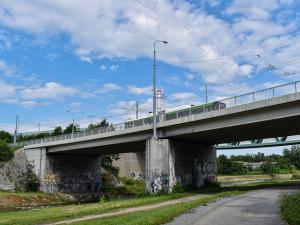 Léto v Plzni je ve znamení oprav mostů pro auta i lávek pro pěší a cyklisty