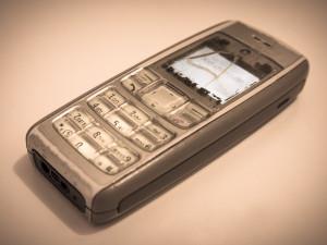 Vlastní sbírku mobilních telefonů představí veřejnosti místostarosta Železné Rudy