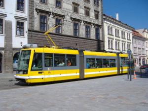 Jezdíte po městě tramvají? Připravte se na výluky