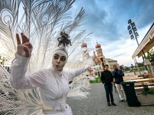 Plzeňské ulice opět obsadí pouliční umělci z celého světa