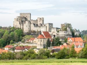 Památky v Plzeňském kraji letos navštívilo o 16 procent lidí méně