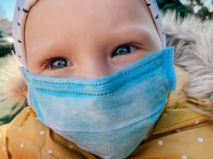 Na test musí i ty nejmenší děti, které měly rizikový kontakt nebo příznaky