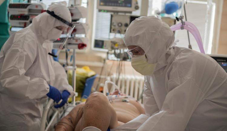 Lékařka nedoporučuje lidem rychlé hubnutí v době koronavirové pandemie