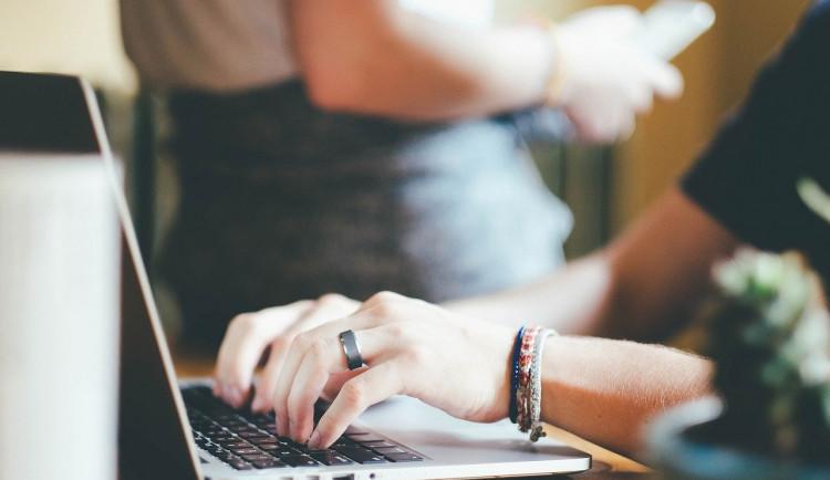 Srovnávací zkoušky Scio budou příští měsíc online. První termín je 12. prosince