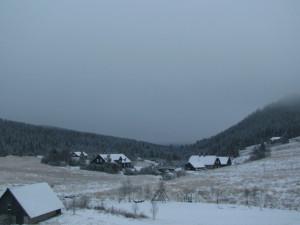 První sníh nevydrží, oteplí se. Zima se vrátí až v polovině prosince