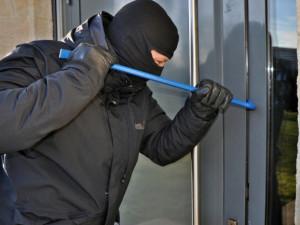 Zloděj ukradl elektrosoučástky zajišťující chod vodní elektrárny na Severním Předměstí