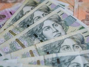 Lidé v kraji si polepšili, mzda stoupla o téměř pět procent