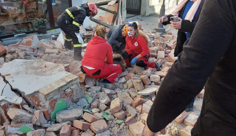 VIDEO: Chorvatsko zasáhlo další silné zemětřesení, seismografy zaznamenaly otřesy i Plzni