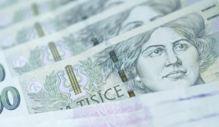 Pojišťovák a lékař si vydělávali podvody s úrazovým pojištěním, škoda je přes pět milionu korun