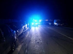 Provoz na silnici I/20 u Plzně ochromila vážná nehoda motorky a automobilu