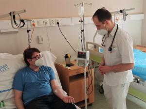 Nemocnice Privamed začala používat přípravek na experimentální léčbu pacientů scovidem