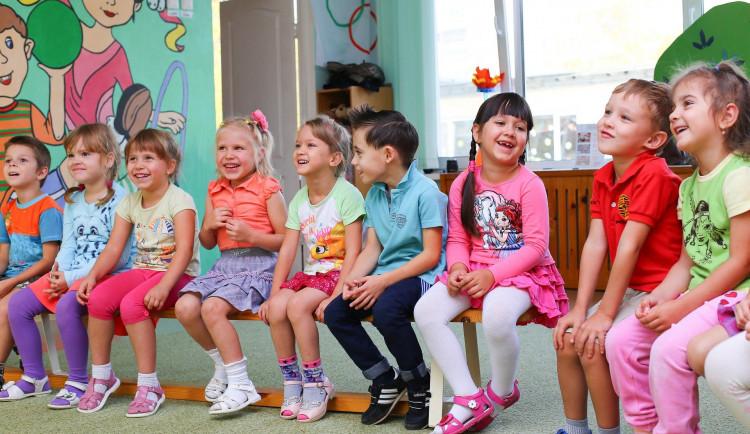 Rodiče v Plzni mohou své děti zapsat do mateřských škol elektronicky