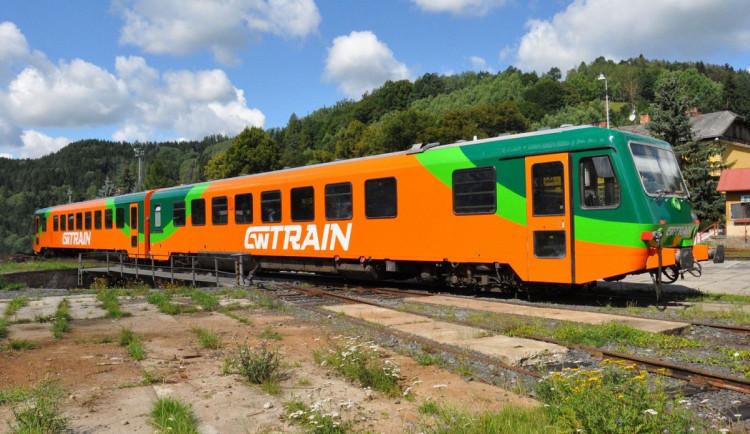 Smlouvu na zajištění dopravy v Pošumaví podepíše kraj příští týden, další vypsané soutěže ruší