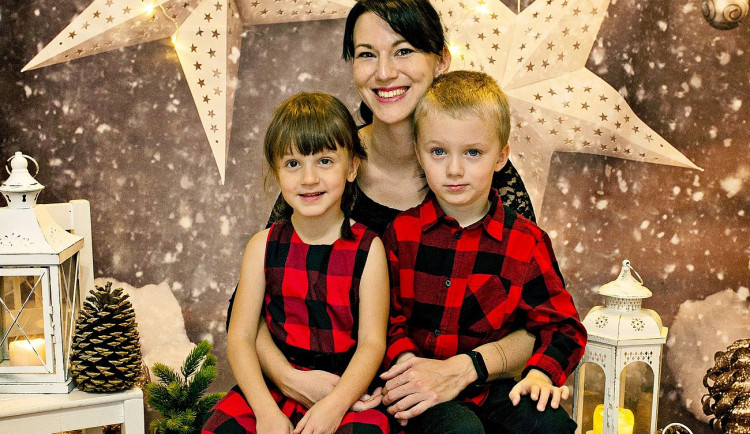 Naše cesta je někdy hodně trnitá, říká maminka dvojčátek se zdravotními komplikacemi