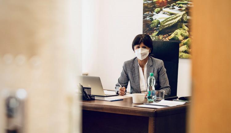 Vyočkovali jsme už více než 175 000 dávek vakcín, říká hejtmanka Plzeňského kraje Ilona Mauritzová