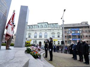 Pietní akt u památníku Díky, Ameriko! sledovali veteráni v USA v přímém přenosu