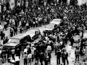 Jak se připomínalo osvobození americkou armádou před rokem 1990? Bez pomníků a pod dozorem StB