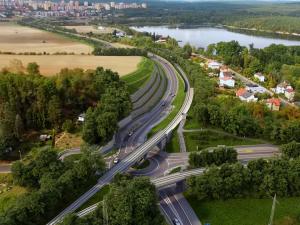 Řidiči vyjedou už v sobotu na první část východního okruhu Plzně za 650 milionů korun