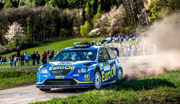 Po třiceti letech se vrací závody Rallye Plzeň, účastní se přes 120 posádek