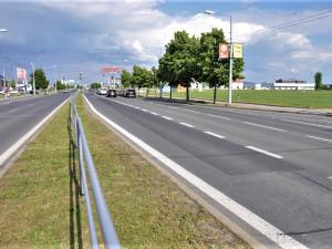 Další komplikace čekají řidiče i chodce v Plzni, začíná oprava Folmavské