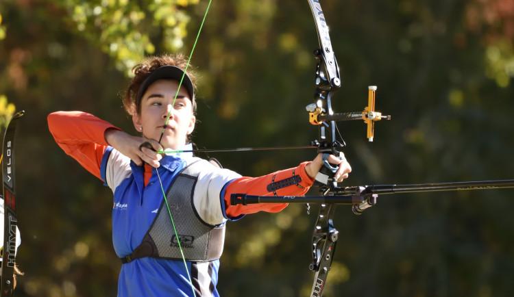 Na olympiádu v Tokiu jedou i dvě plzeňské sportovní naděje, lukostřelkyně a běžkyně
