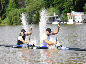 Deblkajakáři Dostál a Šlouf s přehledem postoupili v Tokiu do semifinále
