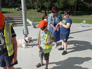 Hovoří se seniory i pořádají akce pro děti, tým nevidomých se snaží šířit osvětu, která chybí