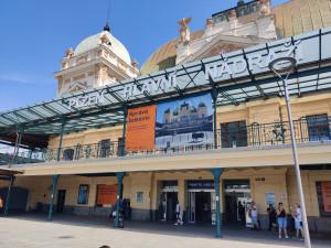 Historická budova nádraží v Plzni prochází obrovskou rekonstrukcí za 668 milionů