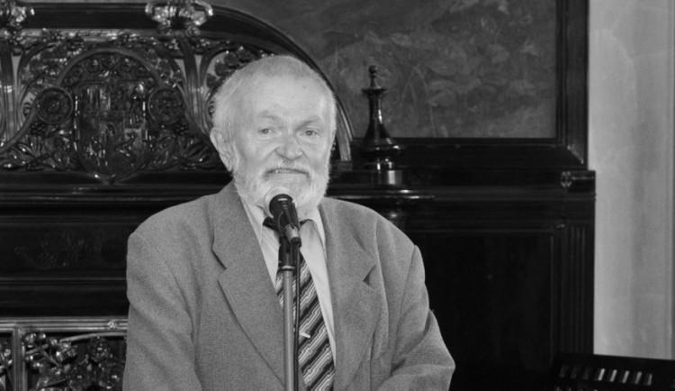 Ve věku 77 let zemřel bývalý ředitel Divadla J. K. Tyla Mojmír Weimann