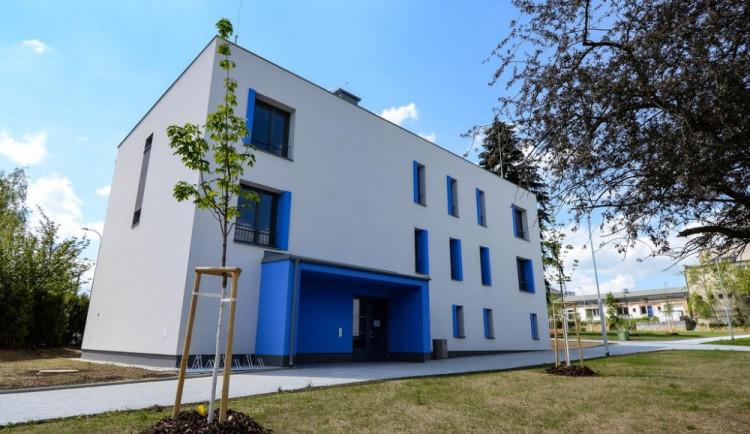 Do projektů řešících bytovou nouzi sociálně slabších, mladých i seniorů, investovala Plzeň půl miliardy