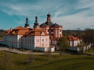 Dostavba barokního ambitu poutního areálu v Mariánské Týnici vyšla na téměř 60 milionu korun