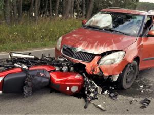 Sobota ve znamení nehod, svou roli sehrál alkohol i hazardní jízda motorkářů