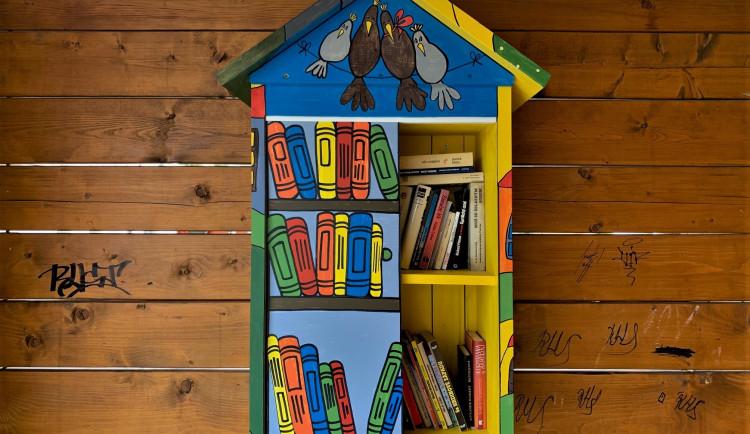 FOTOGALERIE: Knihobudky v Železné Rudě a okolí