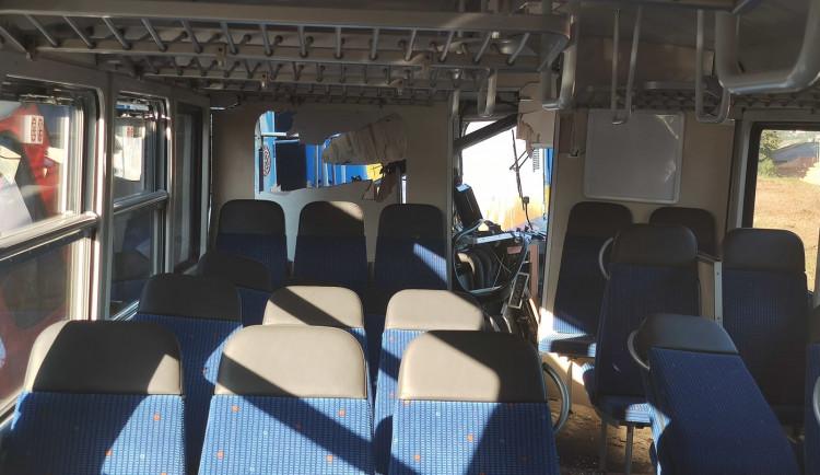 FOTOGALERIE: Srážka dvou vlaků ve Kdyni
