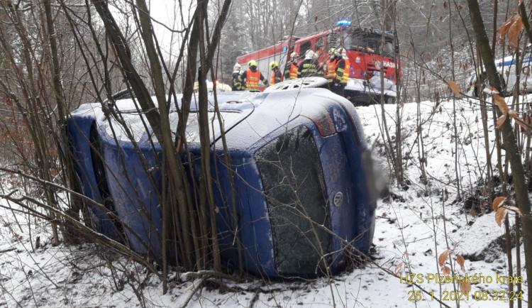 FOTOGALERIE: Nehody na sněhu
