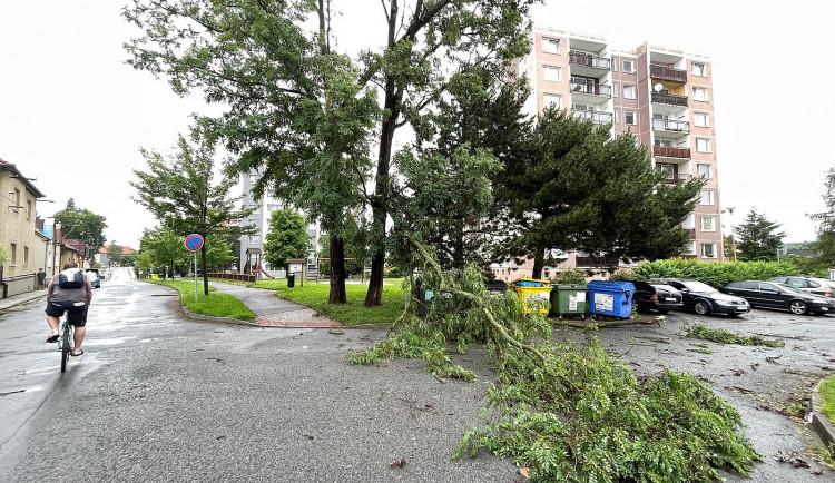 FOTOGALERIE: Krajem se prohnala silná bouře